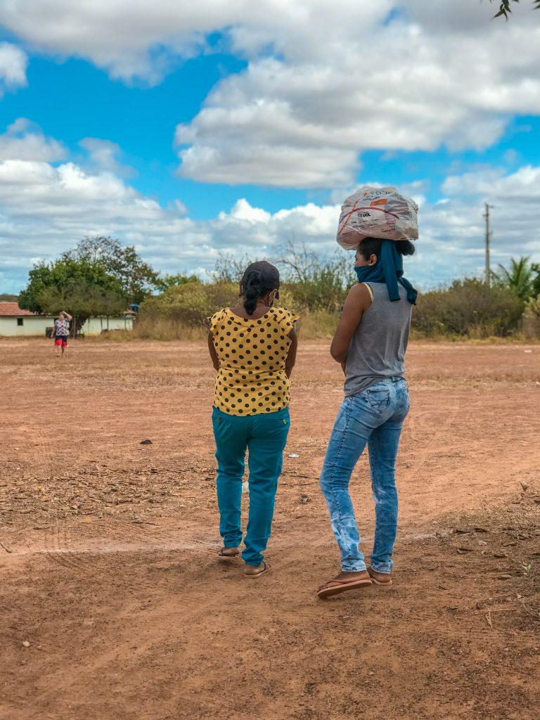 fotografia de mulheres no sertão