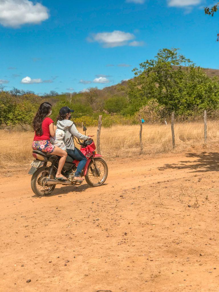 Motociclista no sertão